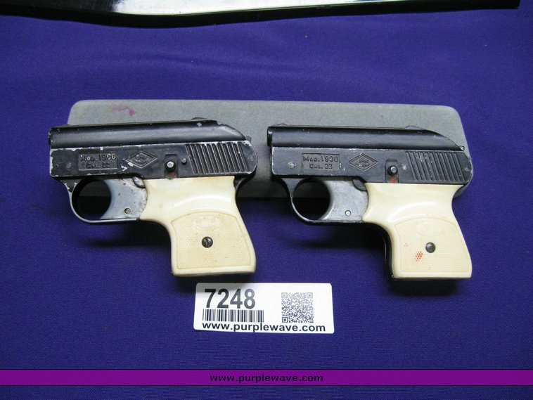 Item 7248 | Thursday March 19 Military Firearms and Memor