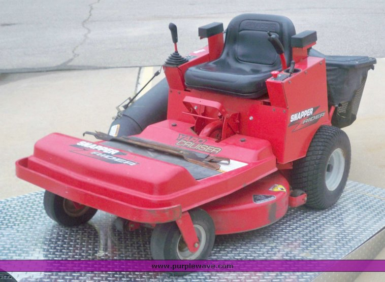 Snapper Yard Cruiser Riding Lawn Mower Item 5160 9 16 2009