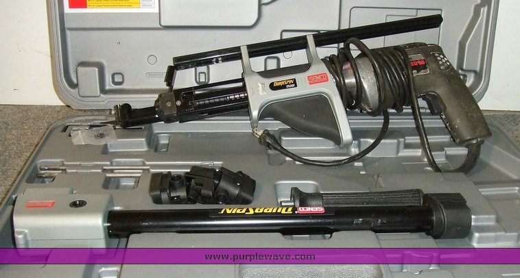 Senco Dura Spin DS300 screw gun with case and attachments |