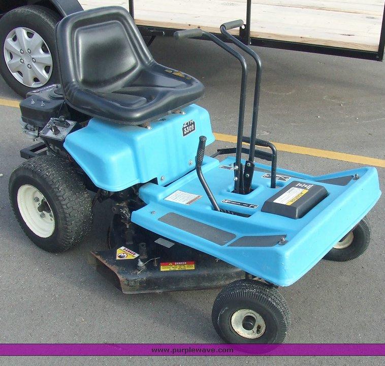 Dixon 3302 zero turn mower | Item 9502 | SOLD! October 28 Mi...