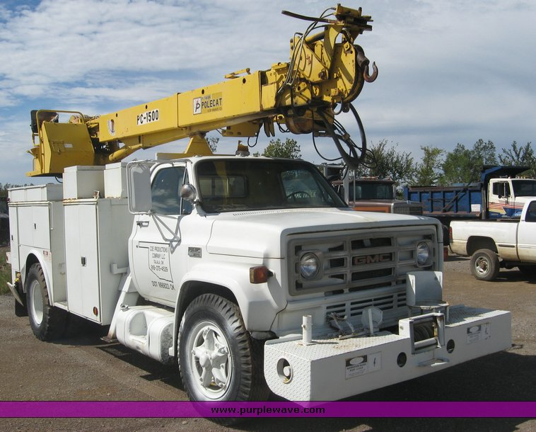 1979 gmc truck with utility bed and pitman polecat 1500 boom rh purplewave com Pitman Bucket Trucks Pitman Valve