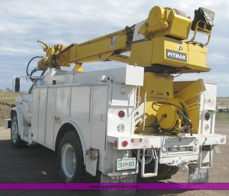 1979 gmc truck with utility bed and pitman polecat 1500 boom rh purplewave com pitman polecat service manual Pitman Boom Parts