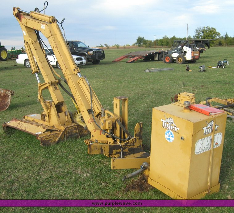 Tiger Boom mower | Item 6733 | SOLD! November 4 Northeast Ok