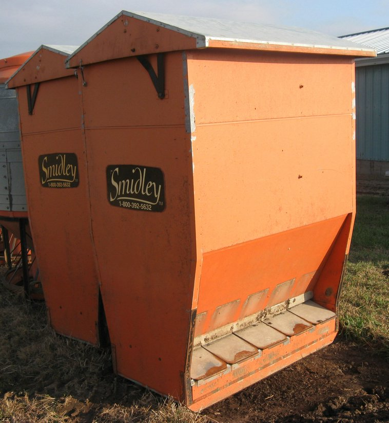 feed products super for enlarged inc with hog feeders feeder wooden mfg smidley view used openings no sale