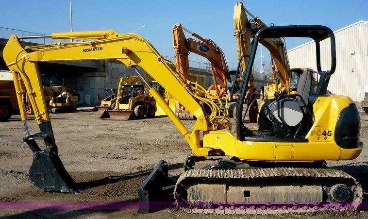 Mini excavator komatsu pc45r-8 / pc 45 r for sale.