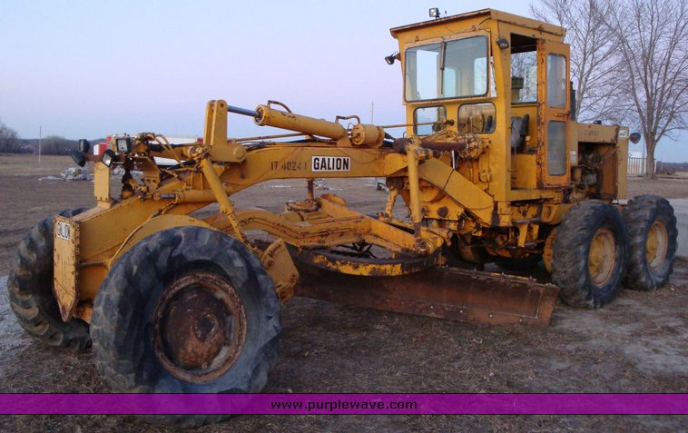 Galion T500 Grader Item 1208 SOLD January 21 Constructi