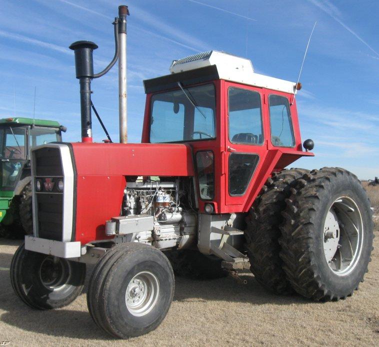 Massey Ferguson 1135 Tractor & Cab - Diesel