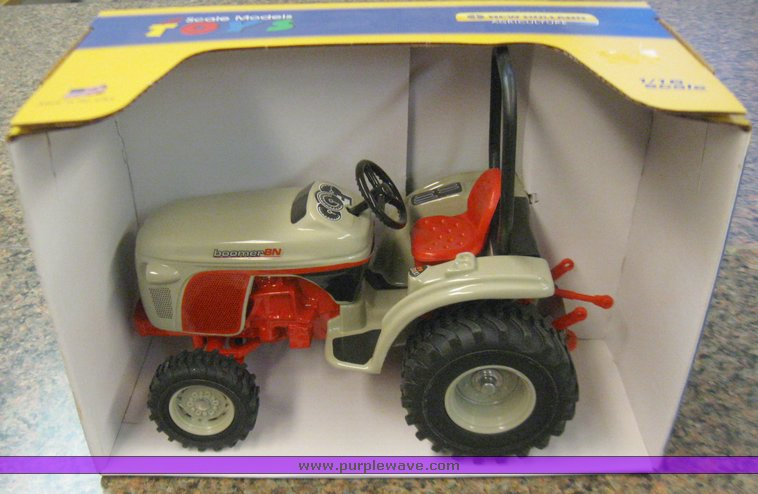 New Holland Boomer 8N 1/16 scale tractor | Item 3047 | SOLD!