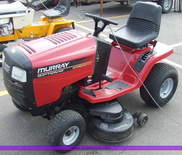 Lawn Tractor Body : Murray quot cut wide body lawn tractor item sol