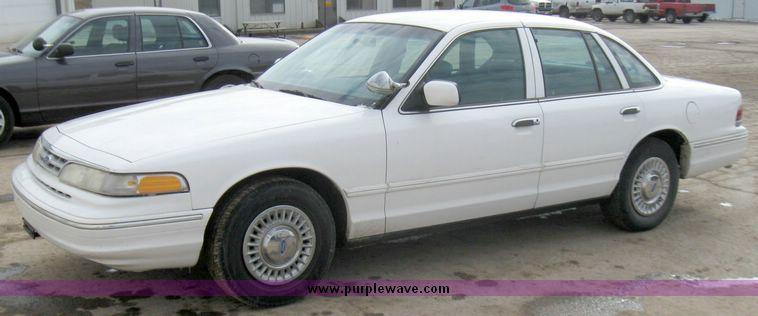 1997 Ford Crown Victoria Police Interceptor  Item 3358  SO