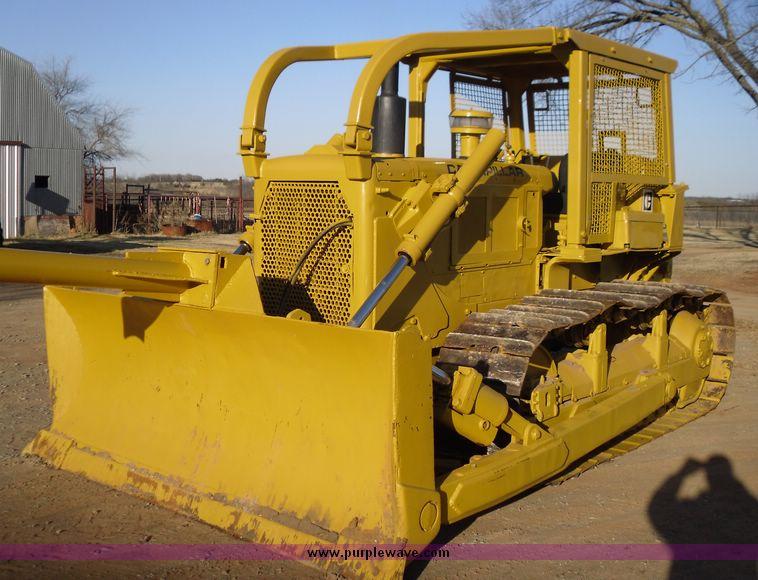 1973 Caterpillar D6C dozer | Item 2001 | SOLD! March 25 Cons