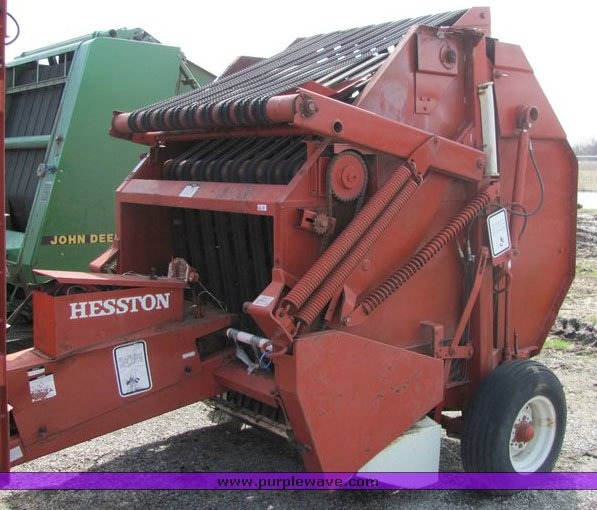 1982 Hesston 5510 round baler   Item 3126   SOLD! April 28 A
