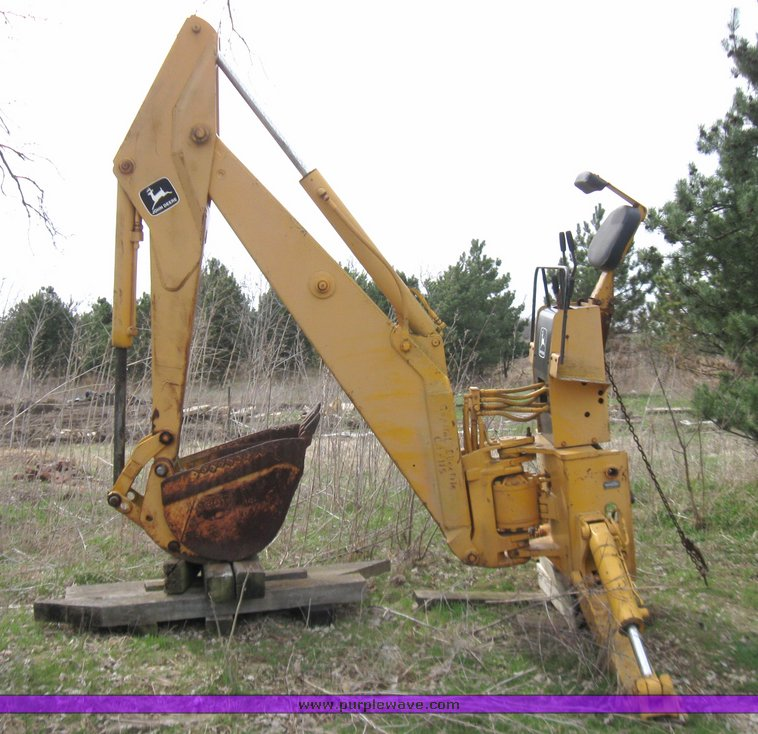 John Deere Backhoe Attachment >> John Deere 9300 Backhoe Attachment Item 2130 Sold Thurs
