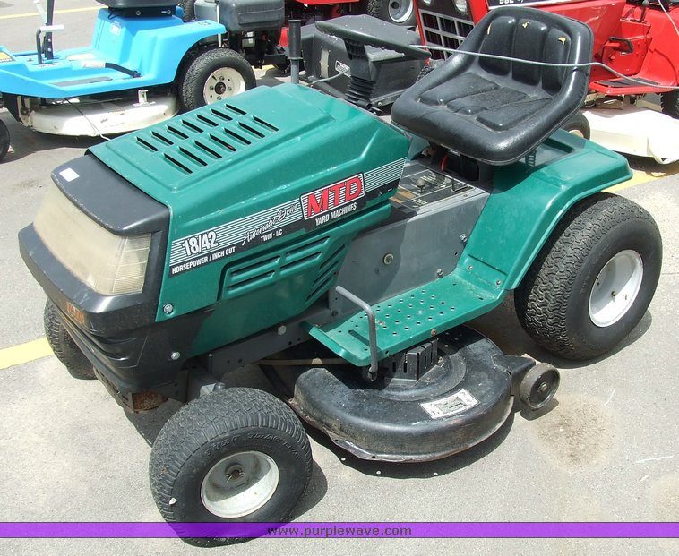 Mtd Lawn Tractor : Mtd lawn tractor item sold may midwest