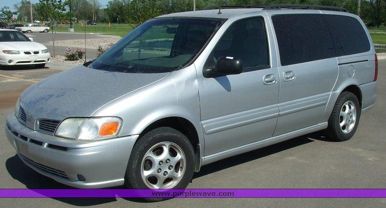 2002 Oldsmobile Silhouette Van Item 7117 Sold May 12 Go
