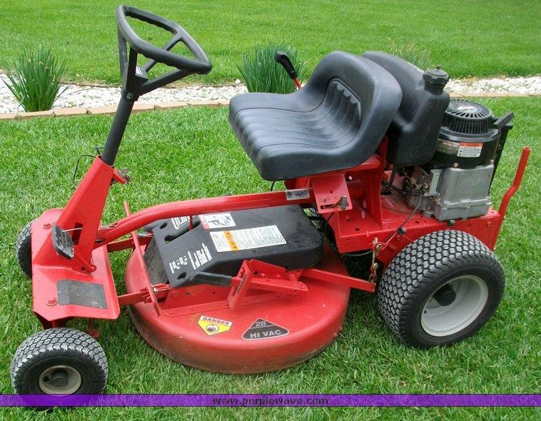 2002 Snapper Hi Vac Lawn Mower Item 1255 5 19 2010