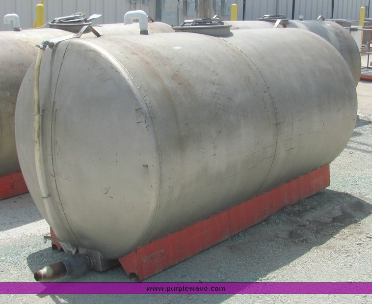 4281 image for item 4281 1986 Palmer 1000 gallon stainless steel water tank : 1000 gallon water storage tank  - Aquiesqueretaro.Com
