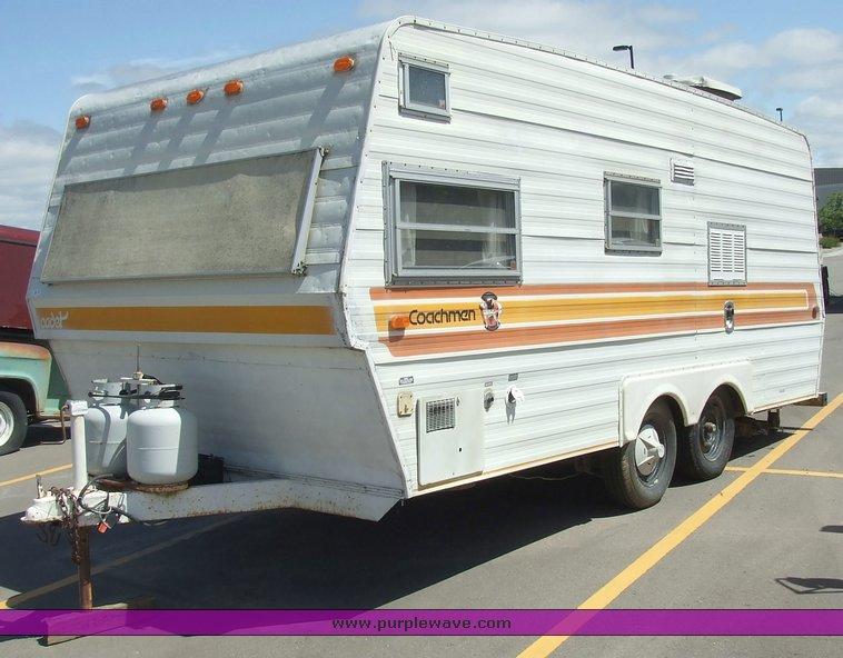 2135 Image For Item 1979 Coachmen Cadet Travel Trailer Camper