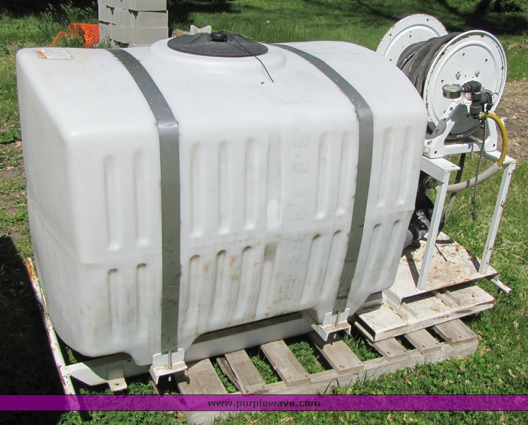 image for item 200 gallon water tank with pump