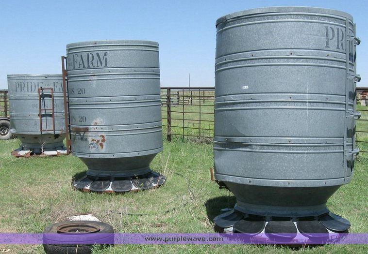 big auction item sale sioux feeder oscillating hog de sold image used for feeders