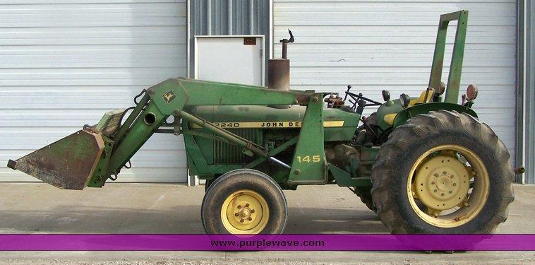 1978 John Deere 2240 Tractor With Loader Item 2450