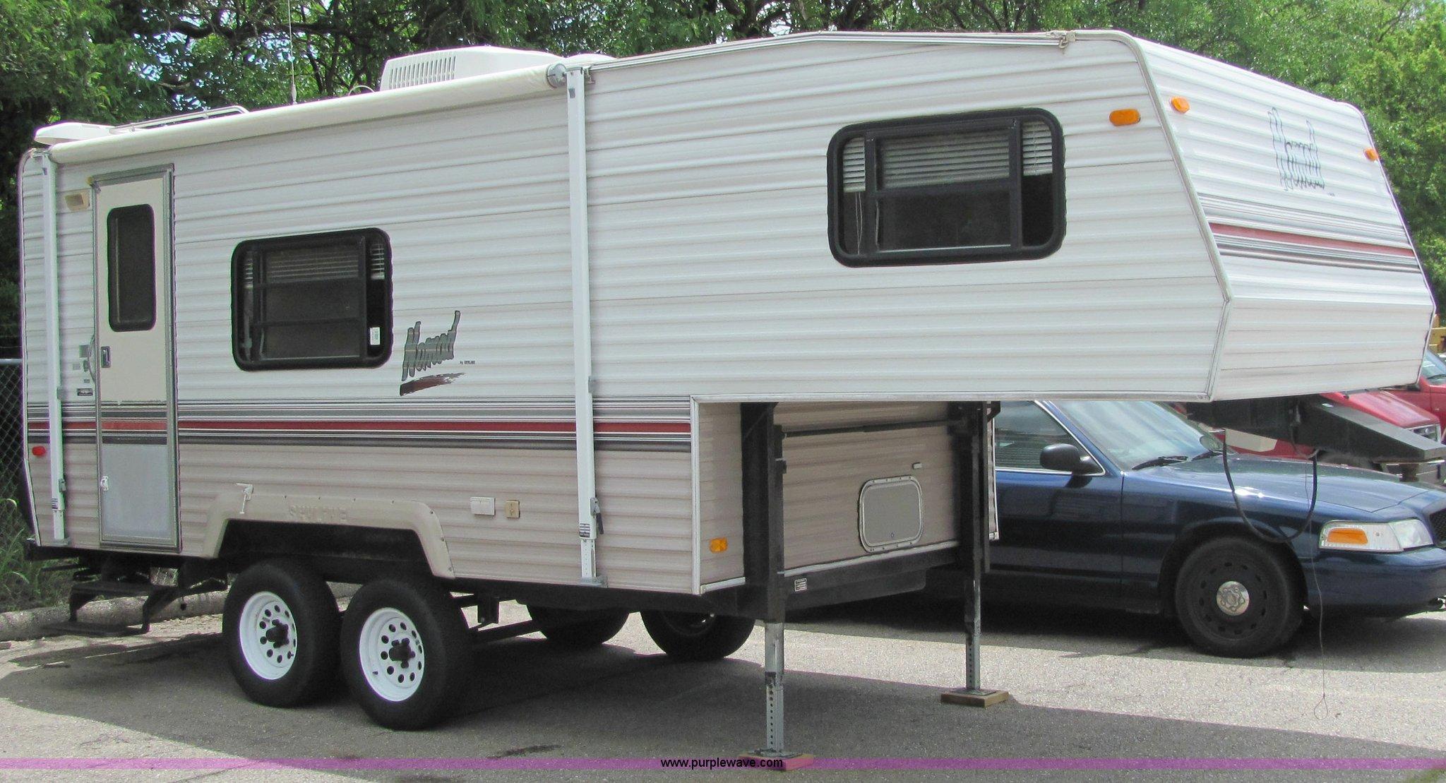 1994 Nomad 21' fifth wheel travel trailer in Derby, KS ...