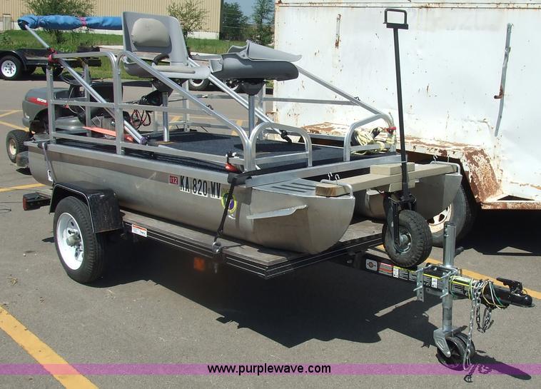 Tuff Lil 10 Pontoon Boat Item 7108 8 11 2010