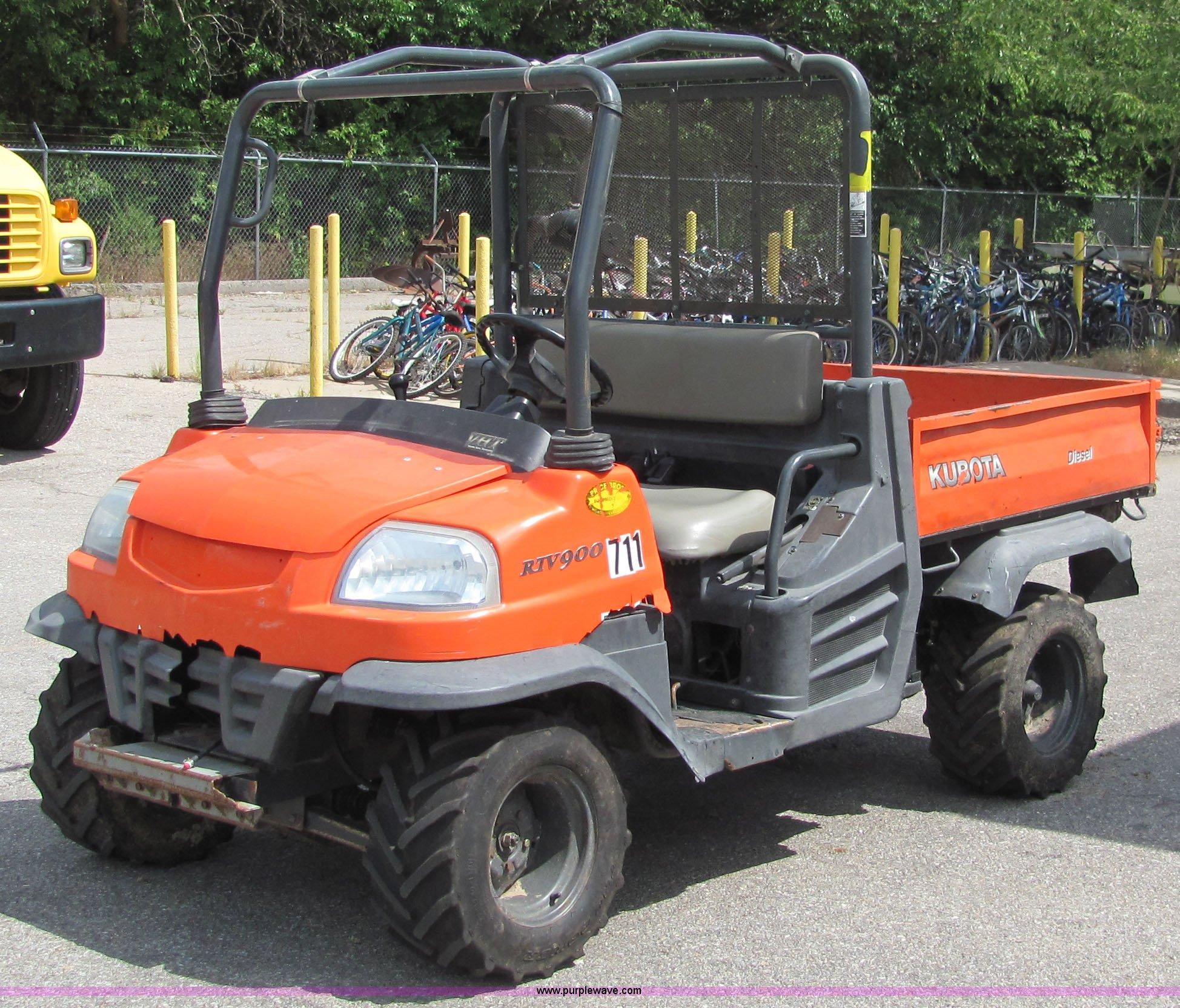 6679 image for item 6679 2007 Kubota RTV 900 utility vehicle