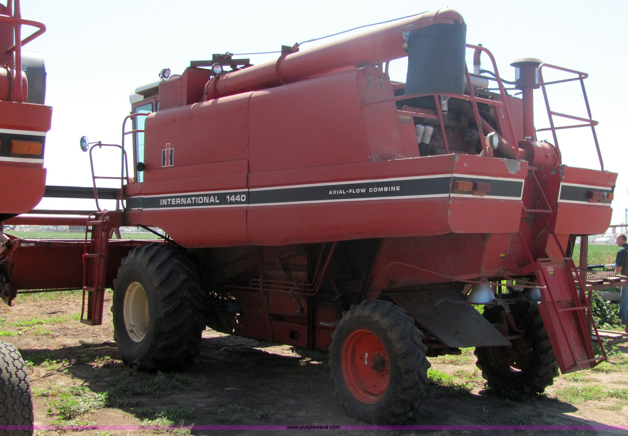 ... 1979 International 1440 axial flow combine Full size in new window ...