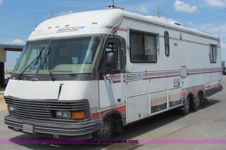 1990 Chevrolet P30 37' Kounty Star motor home | Item 4807 |