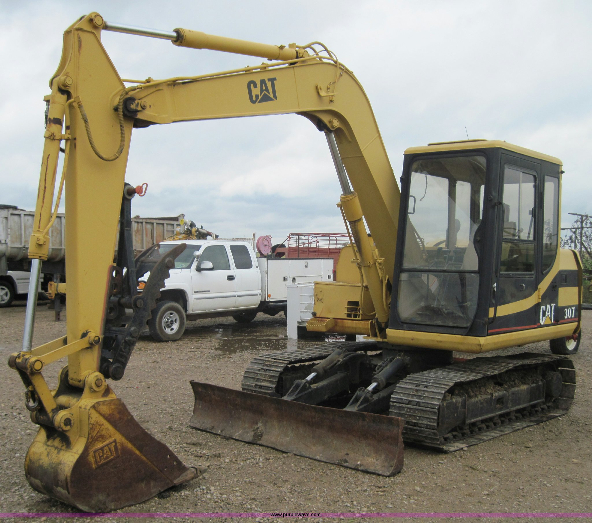 1995 caterpillar 307 excavator item 4001 sold august for New construction windows for sale