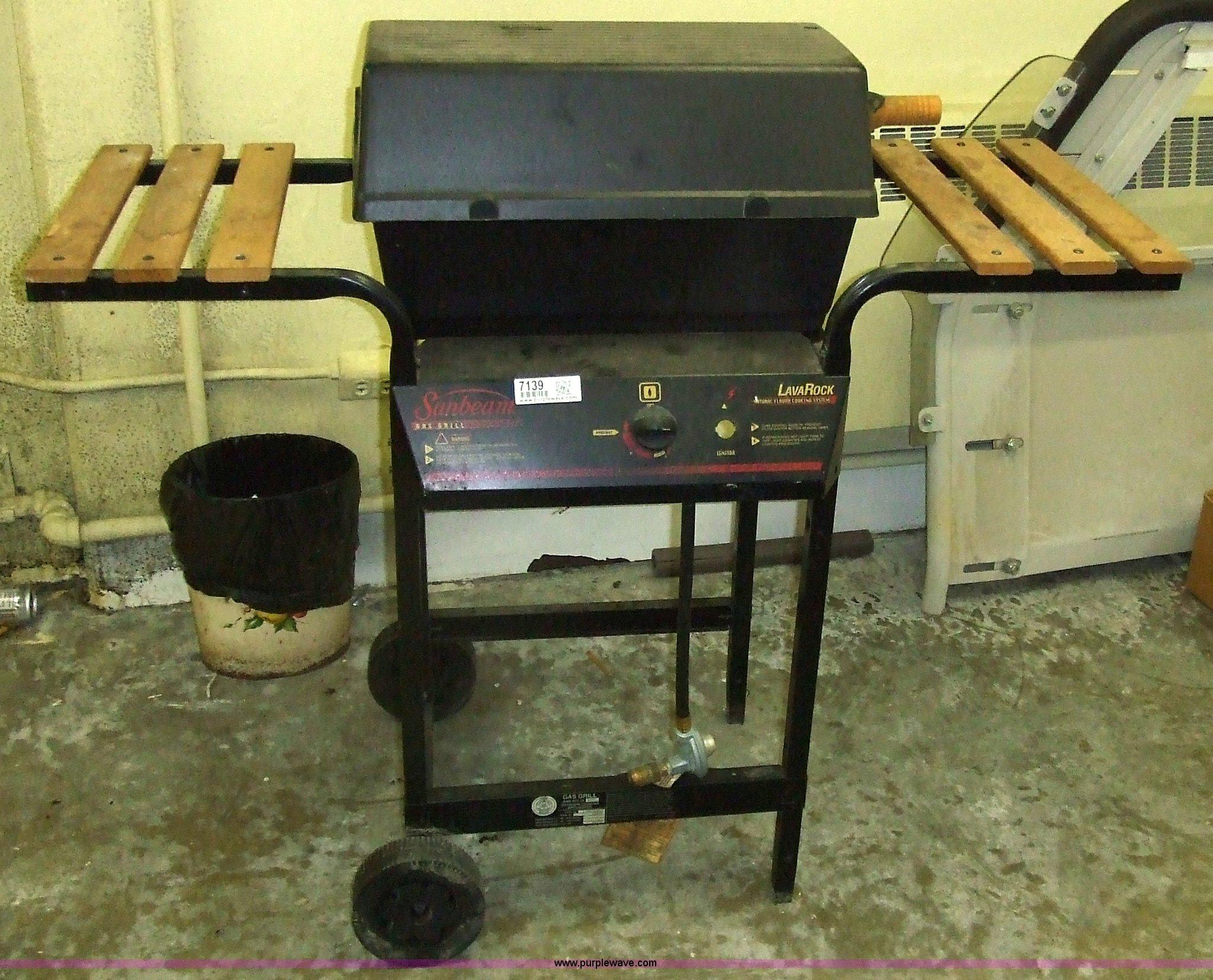 sunbeam gas grill with lava rocks | item 7139 | sold! septem