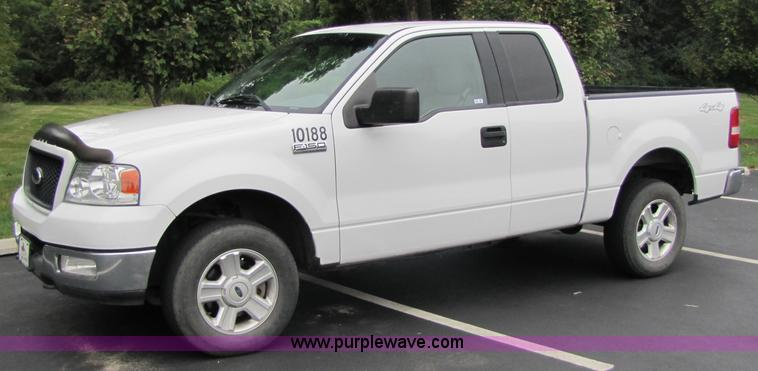 2004 Ford F150 extended cab pickup truck  Item 3514  SOLD