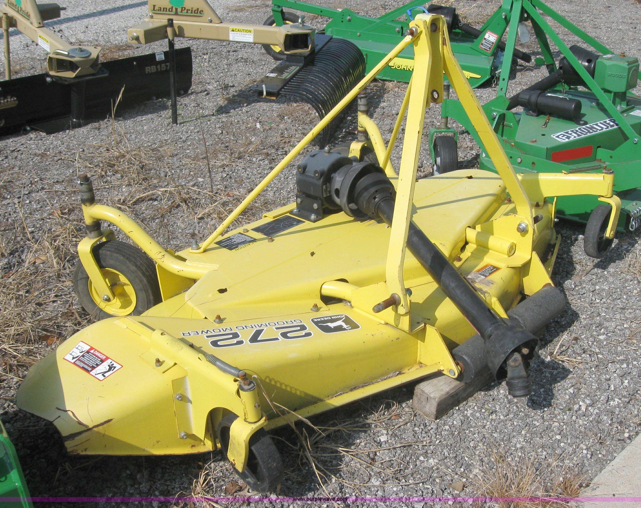 John Deere 272 finish mower | Item 2546 | SOLD! September 29