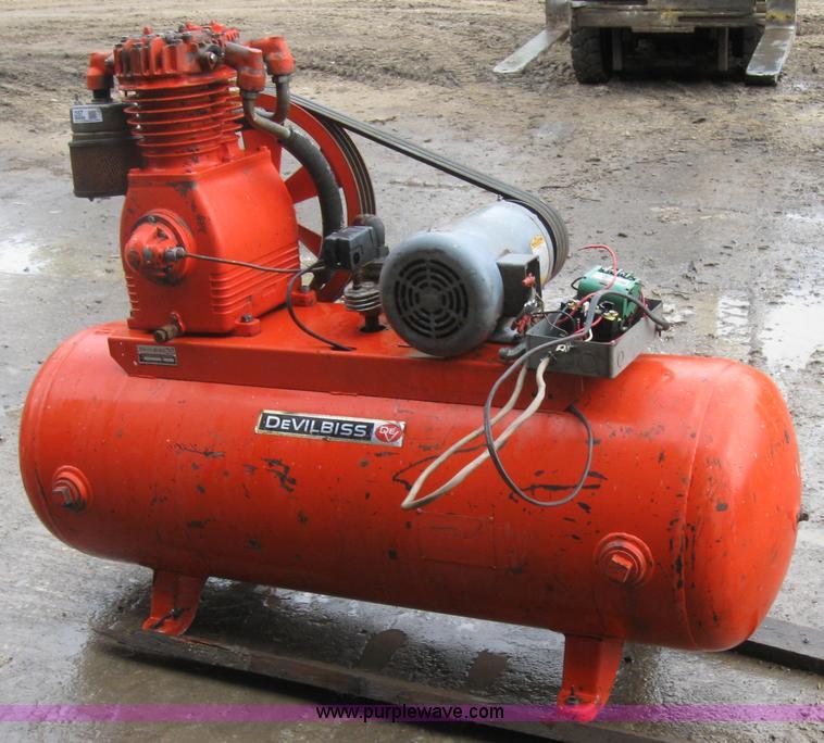 Devilbiss air compressor | Item 2557 | SOLD! September 30