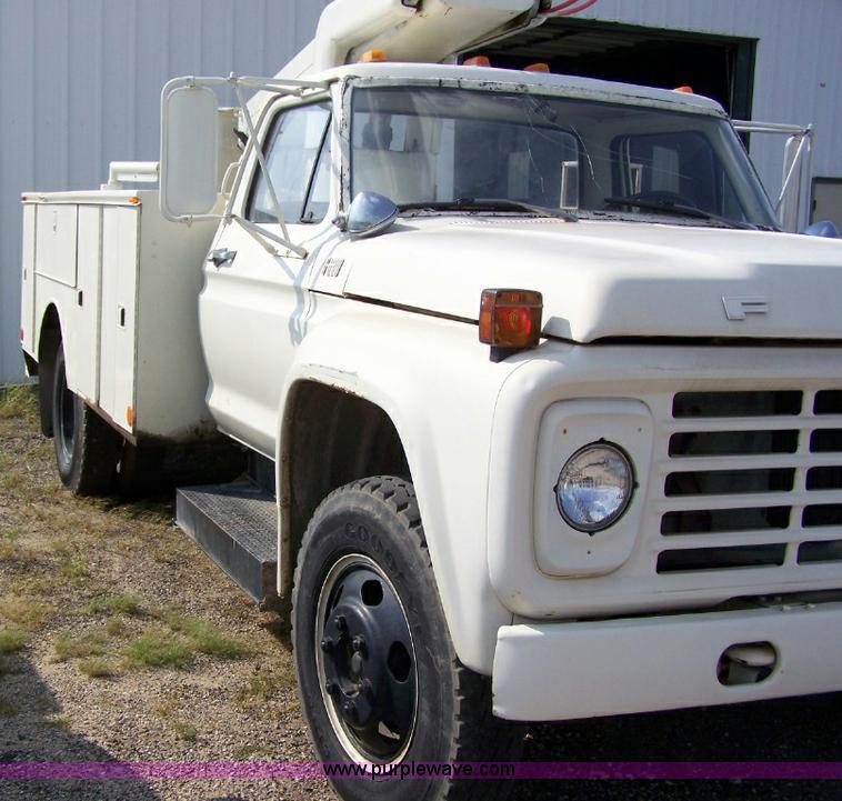 1979 Ford F600 Bucket Truck
