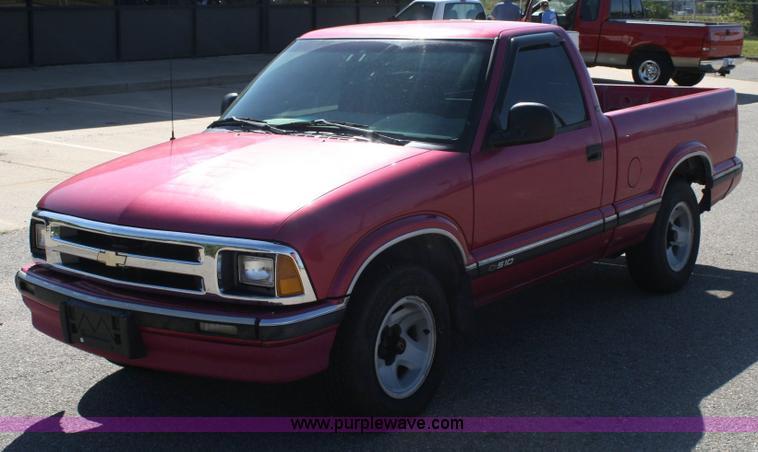 1994 chevrolet s10 ls pickup truck item 6342 sold octob rh purplewave com 1994 S10 Pickup Parts 1994 Chevy S10 Problems