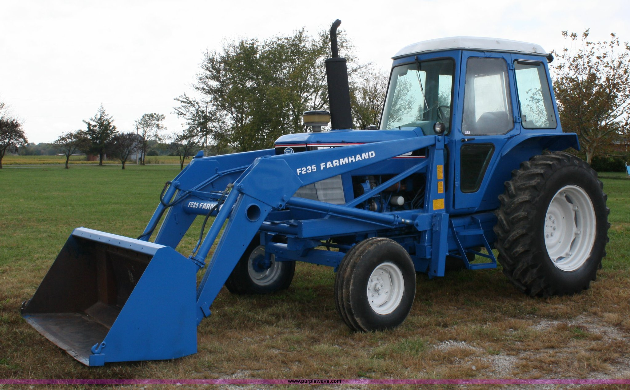 4679 image for item 4679 1983 Ford 7710 tractor ...
