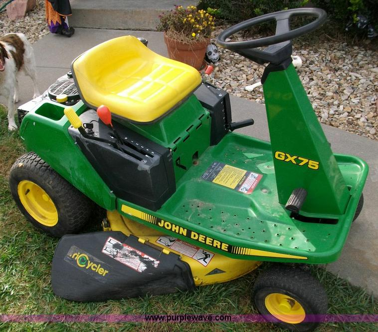 John Deere Lawn Mowers For Sale >> John Deere Gx75 Lawn Mower Item 1809 Sold November 3 Mi