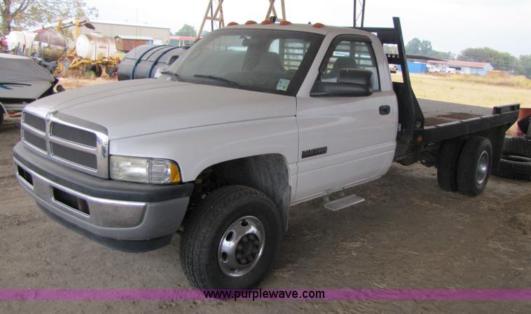 2001 dodge ram 3500 flatbed truck item 3469 sold novemb. Black Bedroom Furniture Sets. Home Design Ideas