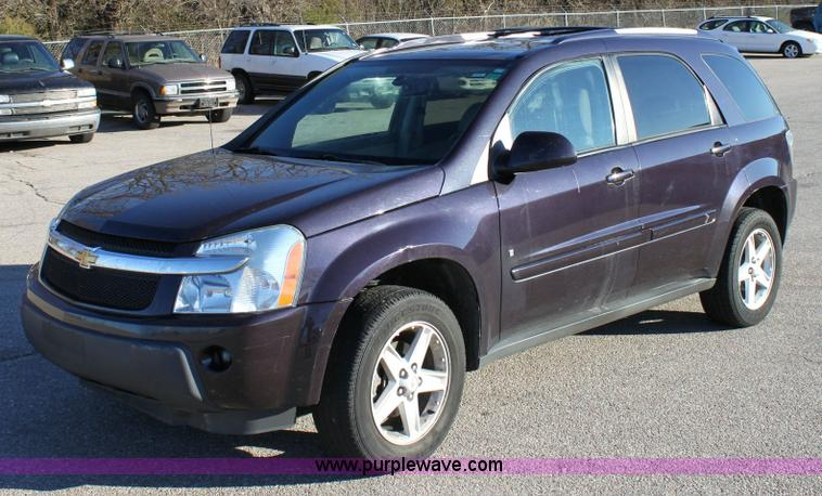 2006 Chevrolet Equinox  Item 6330  SOLD November 30 Midwe