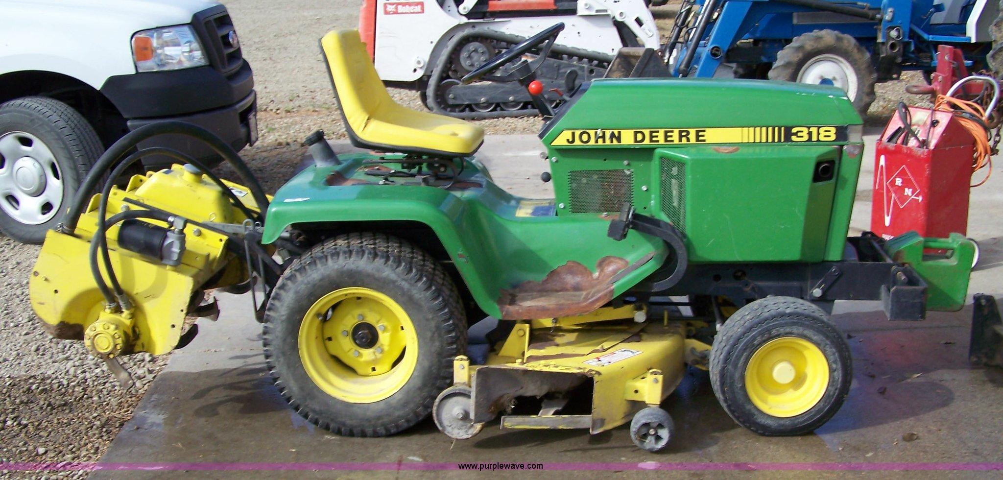 John Deere 318 >> 1988 John Deere 318 Lawn Tractor Item 7296 Sold Novembe
