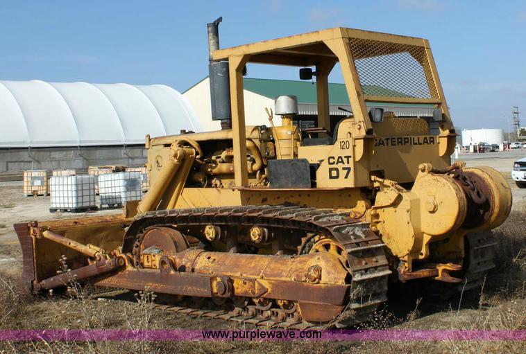 1958 Caterpillar D7 dozer | Item 6388 | SOLD! December 9 Con