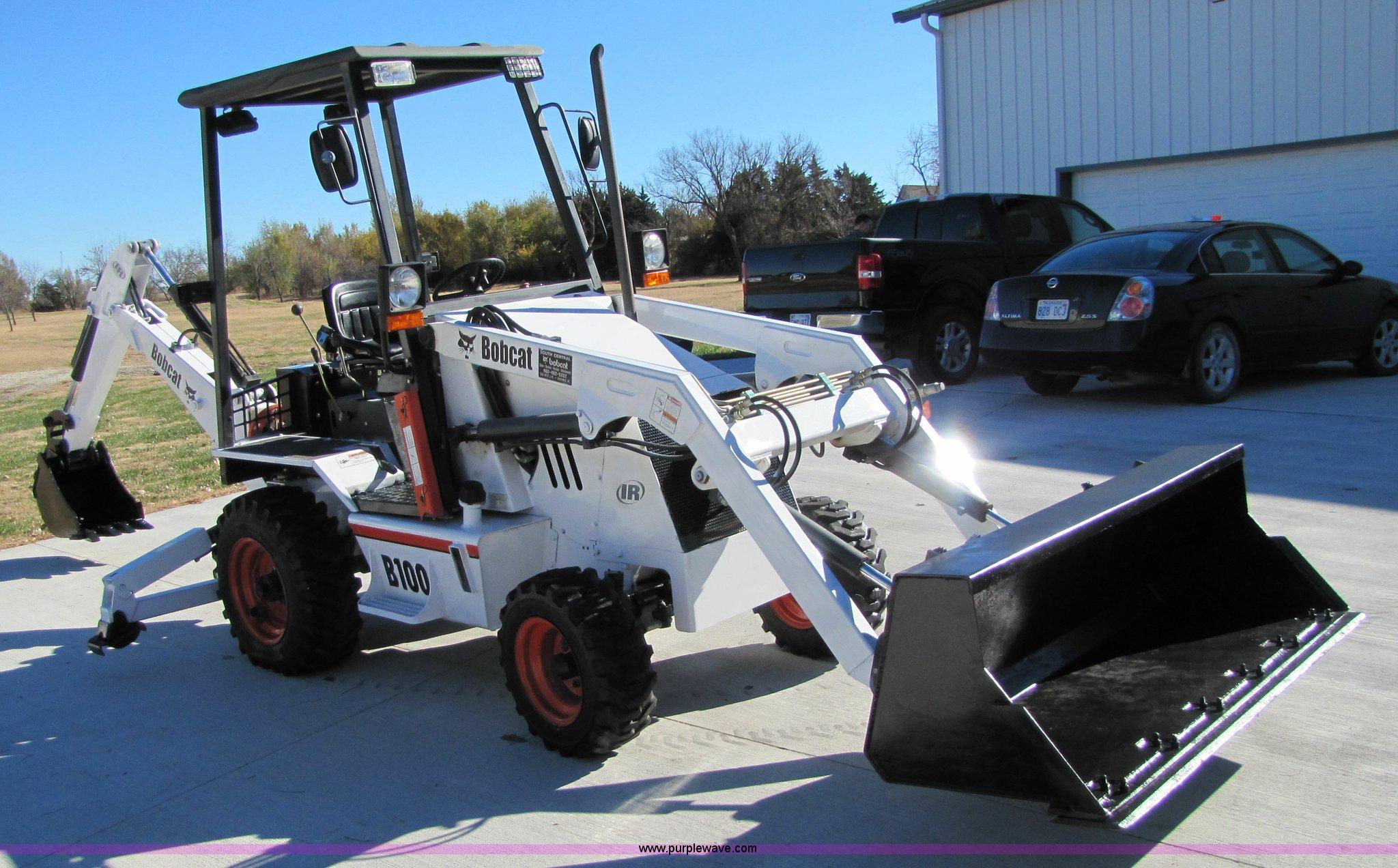 2002 Bobcat B100 Turbo Loader Backhoe Item 5231 Sold