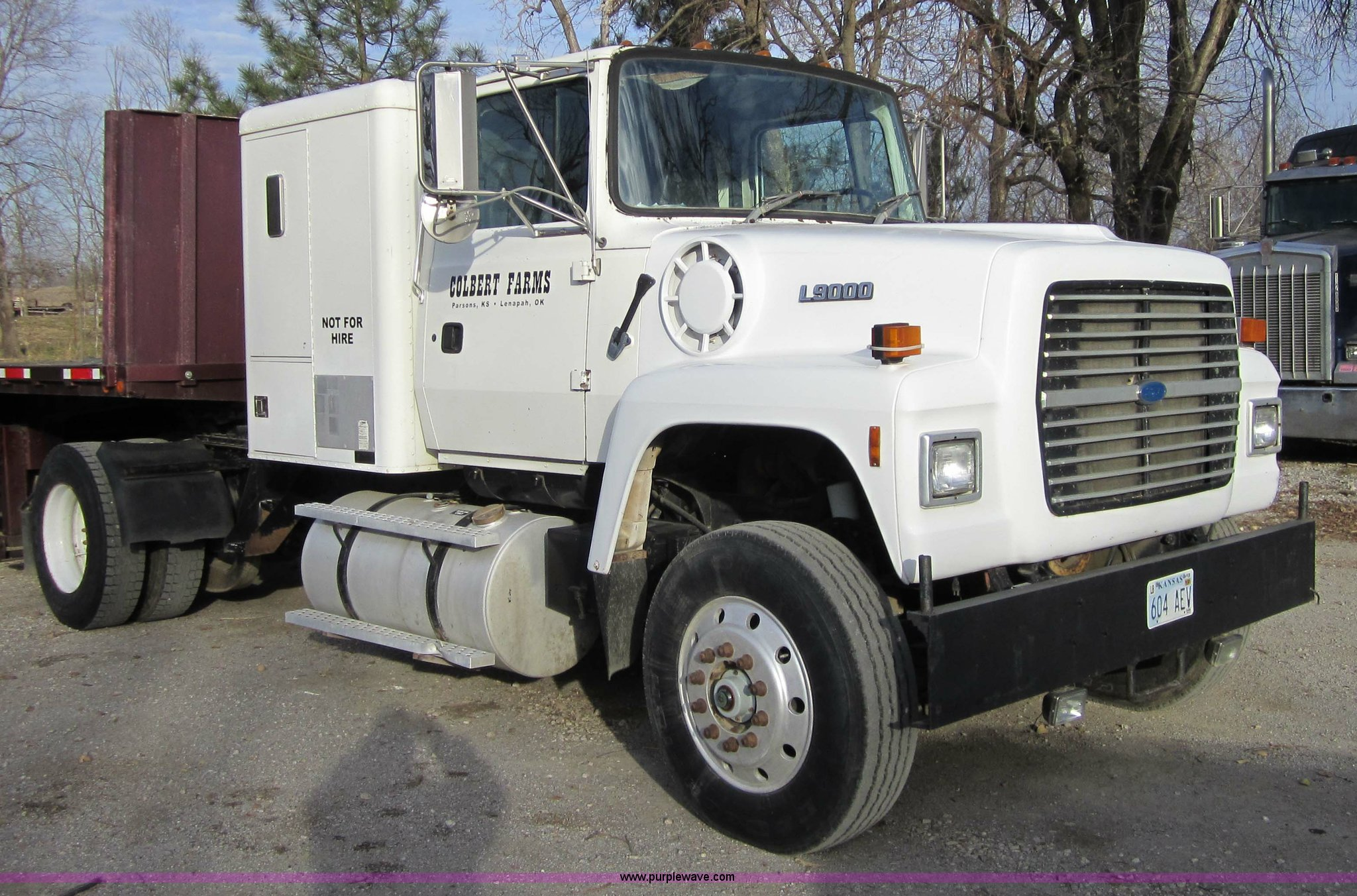 4337 image for item 4337 1993 Ford L9000 ...