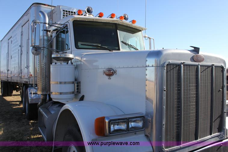 1987 Peterbilt 379 semi truck | Item 6809 | SOLD! January 19...