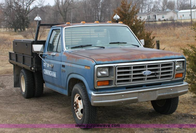 1982 ford f350 pickup truck item 6105 sold march 8 gove. Black Bedroom Furniture Sets. Home Design Ideas