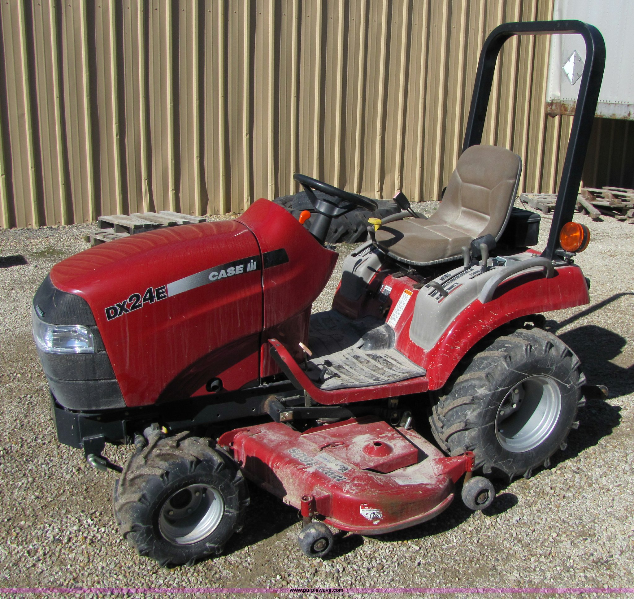Case ih lawn garden tractors fasci garden for Lawn and garden implements