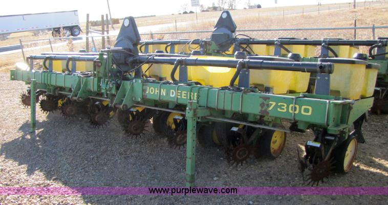 1991 John Deere 7300 Planter Item 3486 Sold Southwester