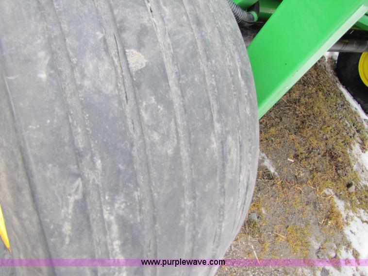 2005 John Deere 567 5'x6' silage round baler | Item 3548 | S
